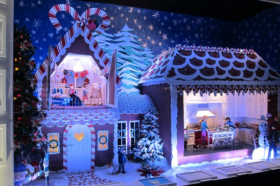 Lord & Taylor Christmas Window 2011 1